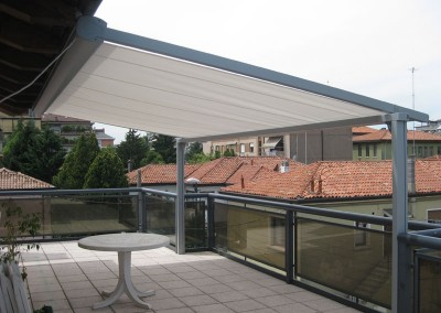 Fixed Arm Awning on High Rise Balcony
