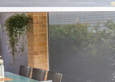 outdoor-track-guided-awnings-to-enclose-verandah