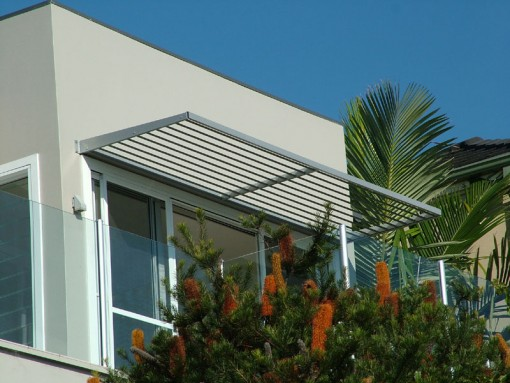Aluminium Cantilevered Awnings