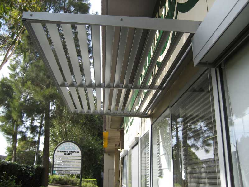 Aluminium Cantilevered Awnings Retractable Awnings