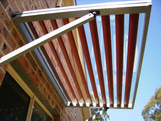 arm supported aluminium awning