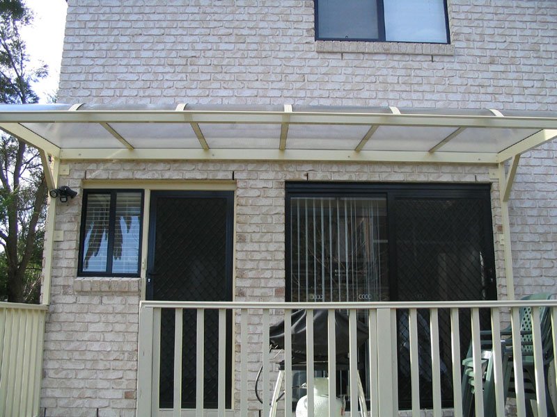 Polycarbonate Cantilever Awnings - Blind Elegance