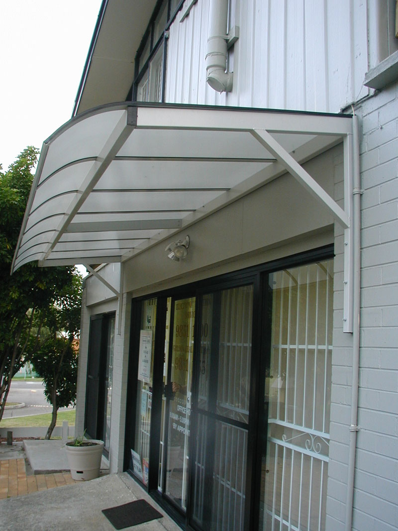 Polycarbonate Cantilever Awnings Blind Elegance